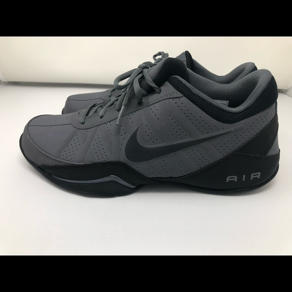 8afb0f7fe0df Nike Ring Leader Low Top Basketball Shoes